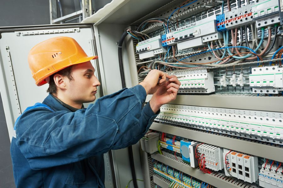 emergency electrician in Queensbury, NY